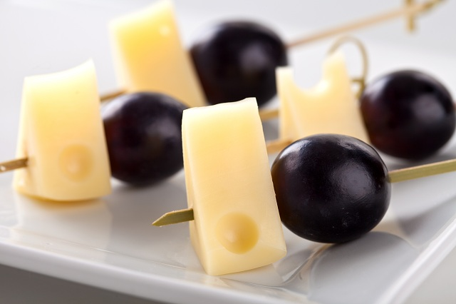 Ементал с грозде - 30 бр.
