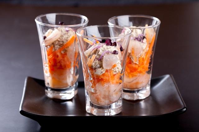 Мини коктейли със скариди и авокадо крем - 10 бр.
